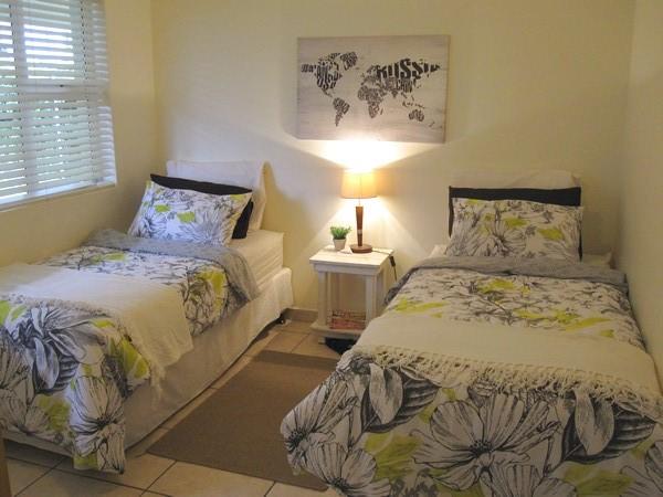 Umz1-bedroom2
