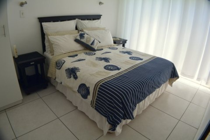 main-bedroom-u22-Small