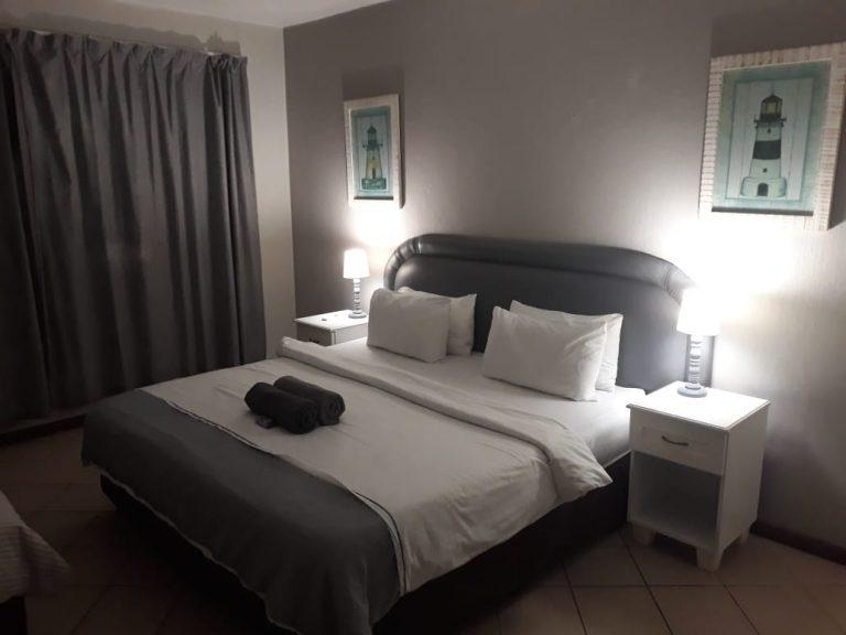 45-bedroom3b