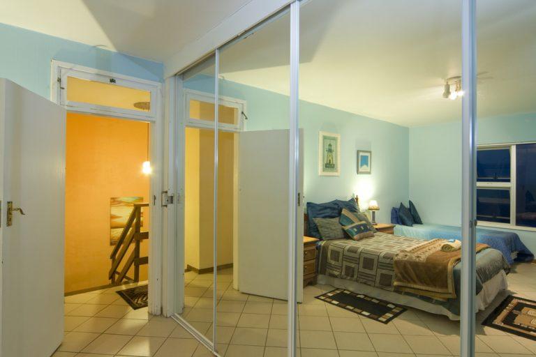 45-bedroom3c