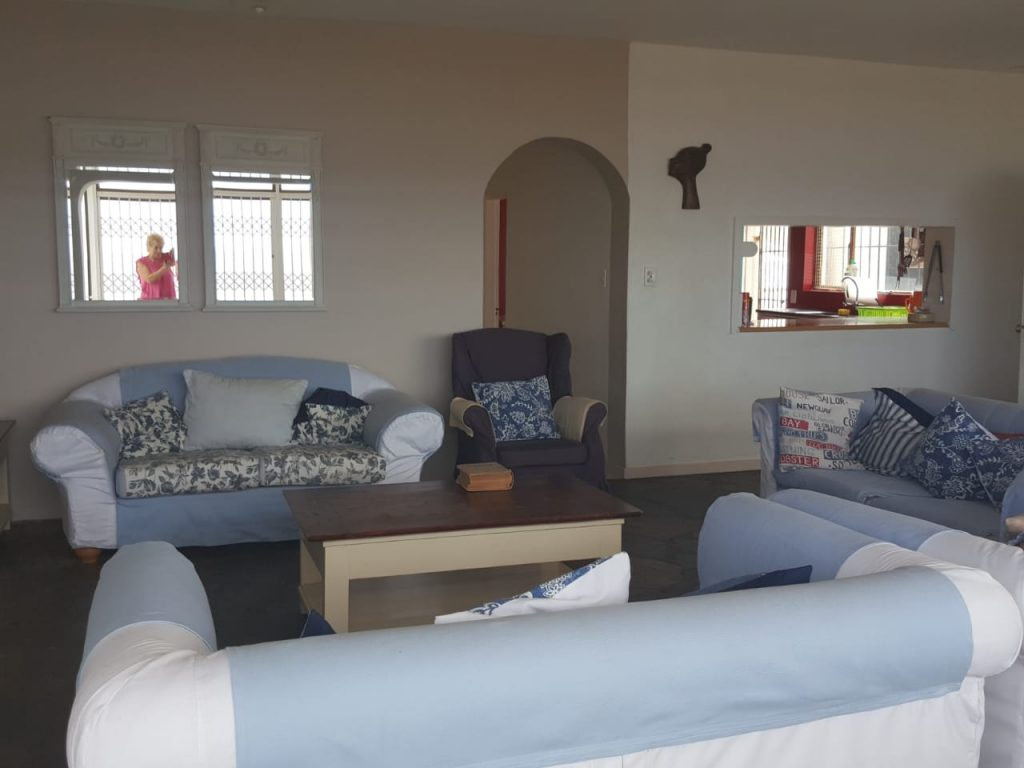 SC-loungeb