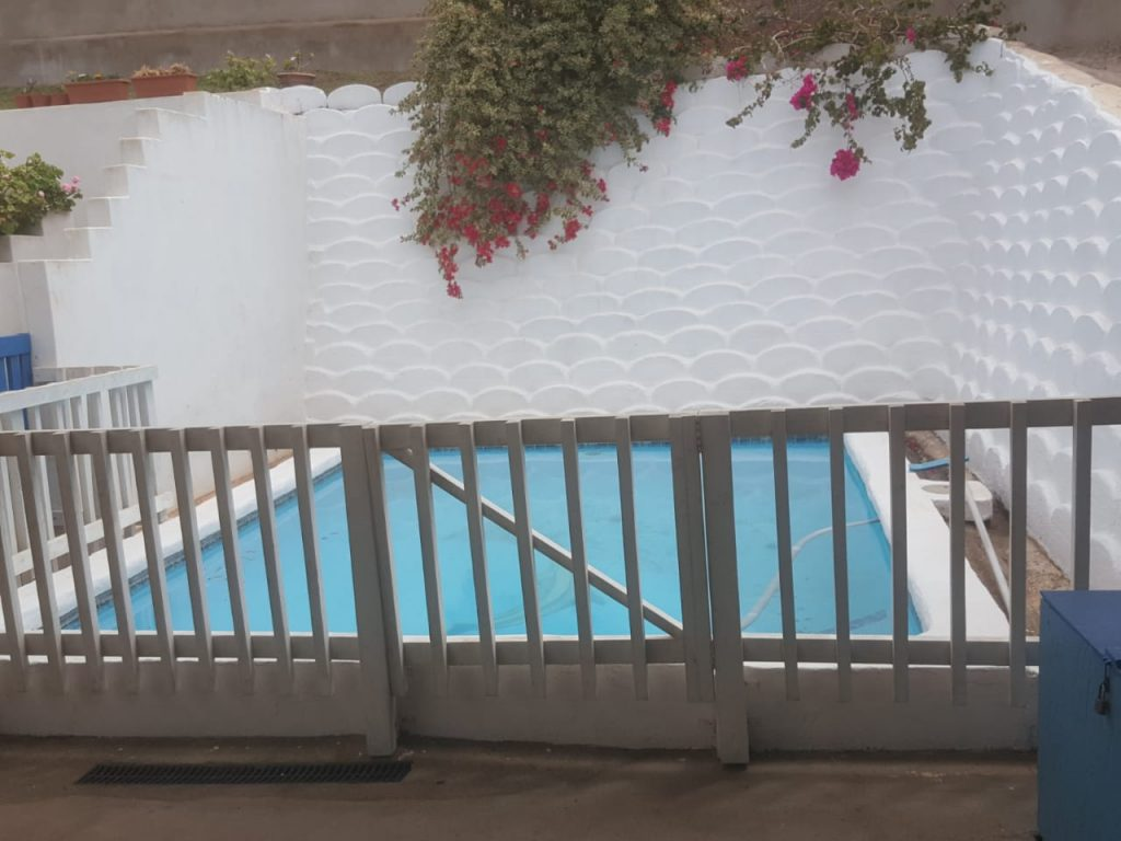 SC-safety gate by pool