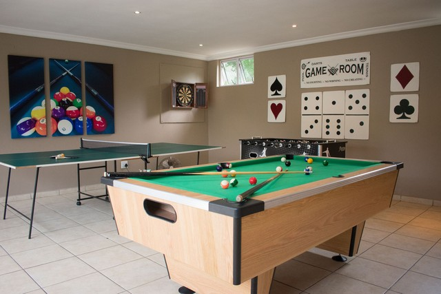 MBE-GAMES ROOM