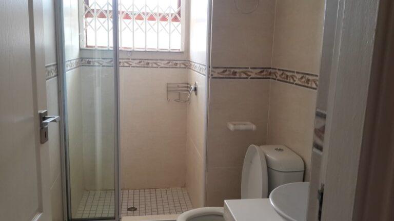 SBS-35-shower